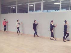 """En esta clase del 4 de septiembre nos enseño acerca de los 5 """"cosas"""" que se trabajan en Danza con los pies.  1 Punta 2 Planta   3 Tacón 4 Extremo superior 5 Extremo interior"""