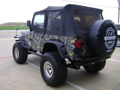 1993 Jeep Wrangler Camo Wrap