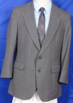 Bergamo,  Men's. Gray, Stripe. Wool, Sport Coat,  2 button,Fully lined, Size 42R #Bergamo #TwoButton