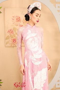 Vietnamese Traditional Dress, Vietnamese Dress, Traditional Dresses, Ao Dai Vietnam, Kimono, Formal Dresses, Wedding, Travel, Fashion