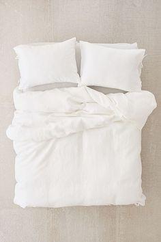 Slide View: 4: The Beach People Linen Duvet Cover + Pillowcase Set