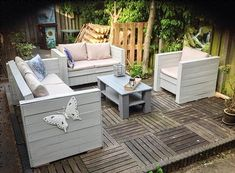 DIY Recycled Pallets Outdoor Furniture Pallet Garden Furniture, Outdoor Furniture Plans, Balcony Furniture, Furniture Ideas, Pallets Garden, Modern Furniture, Furniture Design, Crate Furniture, Sofa Ideas
