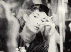 美輪明宏(丸山明宏)さんが若かった頃の画像・動画集 - NAVER まとめ