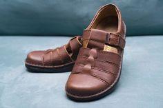 9daee45b6af7 Footprints Birkenstock Brown Madeira Fisherman Shoes Womens EUR 38   US 7 N  AA  Footprintsby  Fishermanstyle  Casual