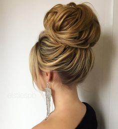 Pretty Wedding hairstyle perfect for every season from everyday to wedding,wedding hairstyles. Get inspired by these gorgeous wedding hairstyles