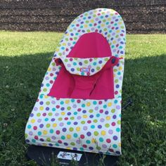 This pattern is designed to make a seat cover for Baby Bjorn Soft bouncer and replace the original cover completely.