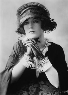 Marion Davies, the Ziegfeld Follies singer & dancer who enraptured William Randolph Hearst. She became his mistress and appeared only in movies he produced for the rest of her career as an actress.