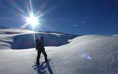 Aller plus loin en raquette - Watse Loin, Nature, Mountains, Travel, Snow Activities, Snowshoe, Sports Activities, Athlete, Naturaleza
