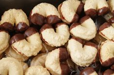 Christmas Candy, Christmas Cookies, Christmas Time, Sweet Tooth, Food And Drink, Cooking, Recipes, Flowers, Xmas Cookies