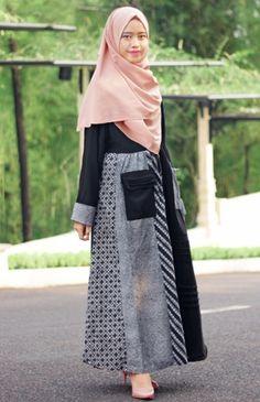 Model Baju Batik untuk Wanita Berhijab