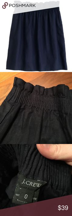 """NWOT J. Crew Linen Mini Skirt NWOT Navy Mini Skirt! Elastic gathered waist is super flattering. Although this is a size zero, I wear a 4 and this skirt fits me, so this is a forgiving skirt. 17 inches in length. Pockets are still sewn together.       There are a million ways to style this Skirt! Simply google the name """"J Crew City Mini"""" for some ideas! J. Crew Skirts Mini"""