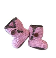 Chic baby girl booties for winter 2016