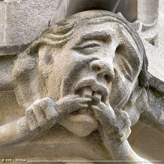 Oxford grotesque-mouth puller
