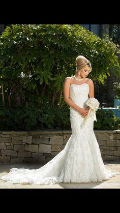 Vintage style wedding hair Vintage Style, Vintage Fashion, Mermaid Wedding, Wedding Hairstyles, Wedding Dresses, Medium Wedding Hairstyles, Alon Livne Wedding Dresses, Wedding Hair Half, Weeding Dresses