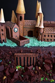 Gingerbread Hogwartz - GoodHousekeeping.com