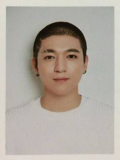Sungjin-nie🐻 Pass Photo, Id Photo, Park Sung Jin, Young K, Bald Hair, Bob The Builder, Kpop Posters, Crazy Day, Day6
