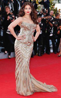 Bollywood star Aishwarya Rai is drop dead gorgeous in Roberto Cavalli.