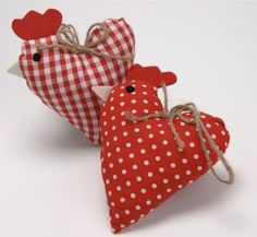 Bird Crafts, Heart Crafts, Easter Crafts, Christmas Crafts, Hobbies And Crafts, Crafts For Kids, Arts And Crafts, Chicken Crafts, Fabric Hearts