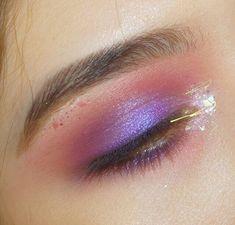 vaporwave makeup Leo Mood Sun on Instag - vaporwave Makeup Goals, Makeup Inspo, Makeup Art, Makeup Inspiration, Makeup Tips, Beauty Makeup, Hair Makeup, Makeup Geek, Makeup Ideas