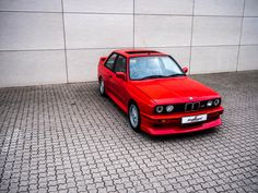 See all the pictures of our BMW restoration. Bmw E30 M3, Used Bmw, Sports Car Racing, Bmw Cars, Classic Beauty, Automobile, Restoration, News, Mini