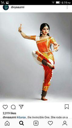 Isadora Duncan, Kathak Dance, Women Wearing Ties, Dancers Pose, Dance Silhouette, Indian Natural Beauty, Dance Project, Indian Classical Dance, Dance Paintings