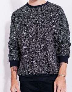 men's street style outfits for cool guys Best Mens Sweaters, Sweater Hoodie, Men Sweater, Layering Outfits, Mens Fashion, Fashion Outfits, Casual Street Style, Hoodies, Sweatshirts