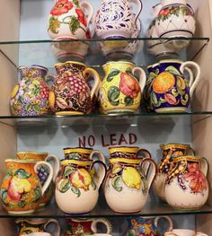 Top 5 Gifts from Florence: 5 Uniquely Florentine Gifts to Take Home Hand Painted Ceramics, Porcelain Ceramics, Ceramic Pottery, Pottery Painting, Ceramic Painting, Ceramic Cafe, Ceramic Jugs, Italian Home Decor, Vegetable Design