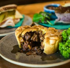 Medieval Food: Hobbity Beef and Ale Pie