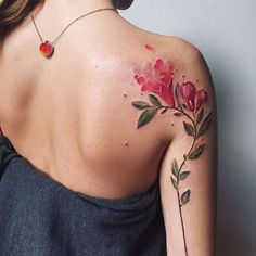 """Tatuagem feita por <a href=""""http://instagram.com/pissaro_tattoo"""">@pissaro_tattoo</a>"""