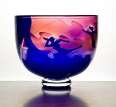 Unique personally-signed Bertil Vallien bowl for Kosta Boda Kosta Boda, Crystal Decor, Cool Lighting, Types Of Art, Scandinavian Design, A Table, Tiffany, Glass Art, Sculptures
