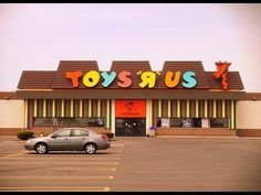 a vintage toys r us. i remember as a kid that all of them looked like this one or similar. 1980s Toys, Retro Toys, Vintage Toys, Vintage Stuff, 90s Childhood, My Childhood Memories, Baby Memories, Cherished Memories, I Remember When