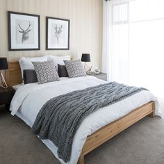 Turn up your decor with these mesmerizing living room designs! Your modern home decor will never be the same. Scandinavian Interior Bedroom, Nordic Bedroom, Oak Bedroom, Modern Bedroom Design, Decor Interior Design, Beach Inspired Bedroom, Minimalist Room, Home Trends, House And Home Magazine