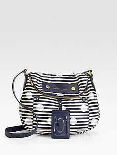 http://diamondsnap.com/marc-by-marc-jacobs-preppy-nylon-natasha-bag-p-3005.html
