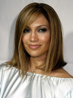 Jennifer Lopez..love her haircut and color
