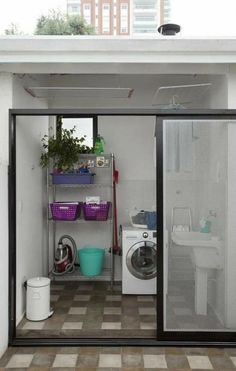 153 laundry design ideas with drying room that you must try page 13 Outdoor Laundry Rooms, Tiny Laundry Rooms, Laundry Room Bathroom, Small Bathroom, Bathroom Ideas, Laundry Area, Blue White Bathrooms, Drying Room, Laundry Room Organization