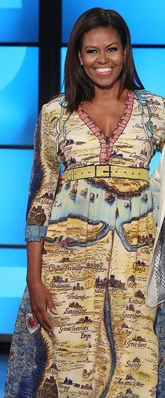 First Lady Michelle Obama. Ah, youth. Michelle Obama Flotus, Michelle Obama Fashion, Barack And Michelle, American First Ladies, African American Women, Barack Obama Family, Malia Obama, Beautiful Black Women, Beautiful People