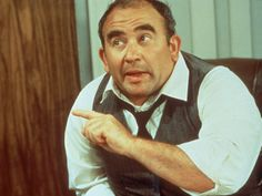 Lou Grant, played by Ed Asner (Mary Tyler Moore Show) Mary Taylor Moore, Mary Tyler Moore Show, Old Tv, Classic Tv, Back In The Day, Picture Photo, Favorite Tv Shows, Actors & Actresses, Memories