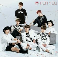 Find images and videos about kpop, bts and jungkook on We Heart It - the app to get lost in what you love. Jung Hoseok, Kim Namjoon, Seokjin, Foto Bts, K Pop, Bts For You, Mundo Musical, Cd Japan, Japanese Singles