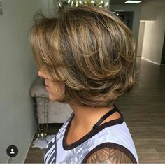 Short hair with lovely highlights