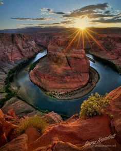 Sunset Over Horseshoe Bend, Arizona.one of my favorite places. Places To Travel, Places To See, Beautiful World, Beautiful Places, Parcs, Places Around The World, Belle Photo, Amazing Nature, Vacation Spots