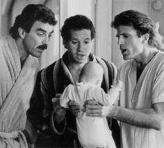 Lançado em 1987, Três Solteirões e um Bebê conta a história de três amigos que precisam cuidar de um... - Divulgação
