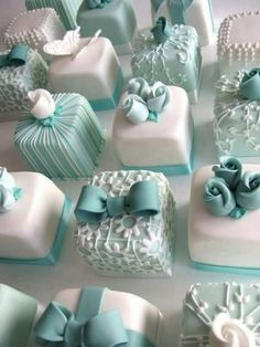 See more about mini cakes, wedding cakes and individual wedding cakes. turquoise aqua tiffanyblue
