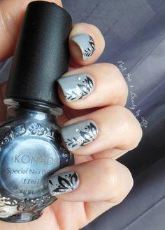 http://lilinailart.over-blog.com/article-revlon-timeless-stunning-et-nail-art-114115719.html