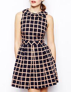 Black Lapel Sleeveless Plaid A Line Dress US$70.00