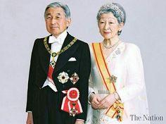 @thairoyalfamilynews  -  สำนักพระราชวังออกหมายกำหนดการสมเด็จพระจักรพรรดิ และ สมเด็จพระจักรพรรดินีแห่งญี่ปุ่น เสด็จพระราชดำเนินเยือนประเทศไทยเป็นการส่วนพระองค์ ระหว่างวันที่ 5 - 6 มีนาคม 2560 . วันอาทิตย์ที่ 5 มีนาคม พุทธศักราช 2560 :  เวลา 13:45 น. สมเด็จพระจักรพรรดิ และ สมเด็จพระจักรพรรดินีแห่งญี่ปุ่น เสด็จฯ ถึงท่าอากาศยานกองบัญชาการกองทัพอากาศ โดยเครื่องบินพระที่นั่ง เที่ยวบินพิเศษของรัฐบาลญี่ปุ่น จากนั้นเสด็จฯ โดยรถยนต์พระที่นั่งไปโรงแรมแมนดาริน โอเรียนเต็ล กรุงเทพฯ…