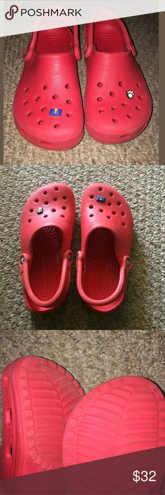 Crocs Clog Shoes Women's 7 Men's 5 Strap Clogs Crocs Clog Shoes Women's 7 Men's 5 Strap Rubber Red Very good used condition.    AB CROCS Shoes Mules & Clogs