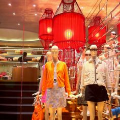 LK By Lincoln Keung: Marc Jacobs Visual Merchandising in Hong Kong