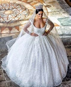 Ball+Gown+Wedding+Dresses+❤+See+more+:+http://bugelinlik.com/en/wedding-dresses/ball-gown/6