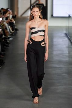 Dion Lee Fall 2020 Ready-to-Wear Fashion Show - Vogue 2020 Fashion Trends, Fashion Week, Fashion 2020, Runway Fashion, Fashion Show, Women's Fashion, Dion Lee, Models, Mannequins