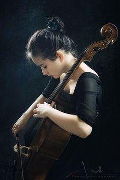 Cello Woman by Yifei Chen Cello Art, Cello Music, Art Music, Cello Fotografie, Studio Portraits, Senior Portraits, Cello Photography, Photocollage, Music Photo